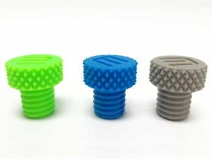 Somos fabricantes de plástico por medio de la inyección, creamos piezas de tamaños pequeños y medianos